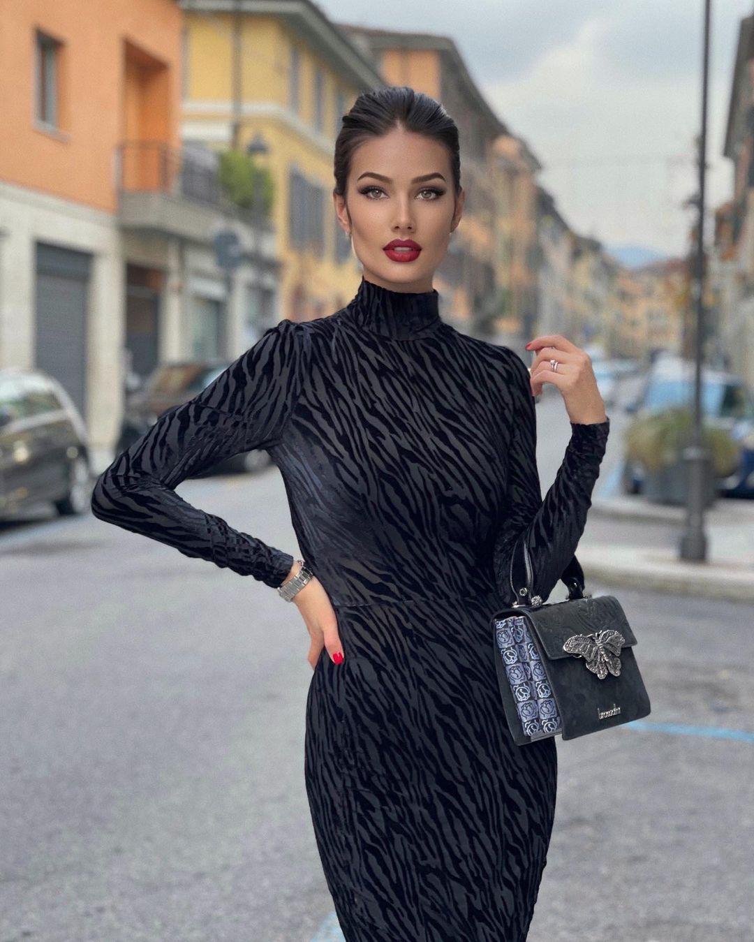 Arina-Bernardini-3