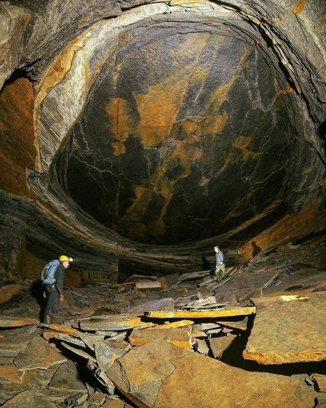 Пещера Драконий Глаз в Великобритании