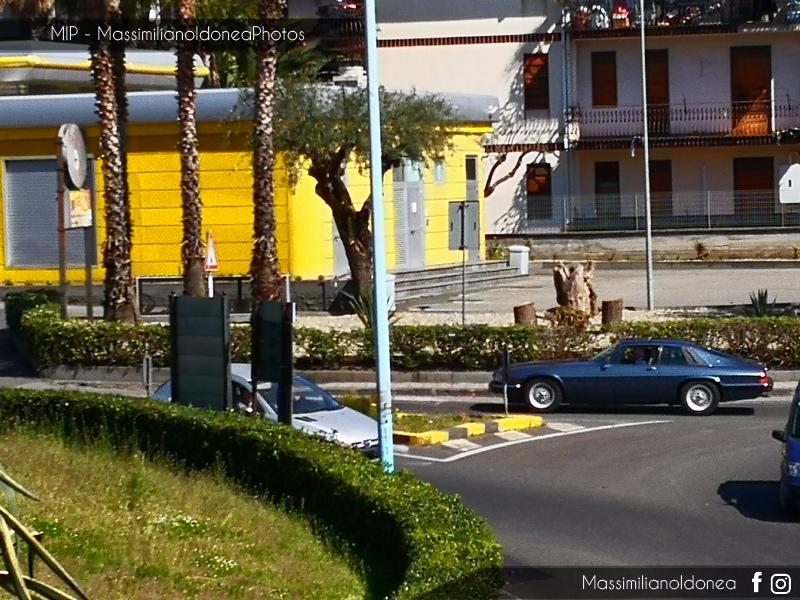 avvistamenti auto storiche - Pagina 12 Jaguar-XJ-S-4