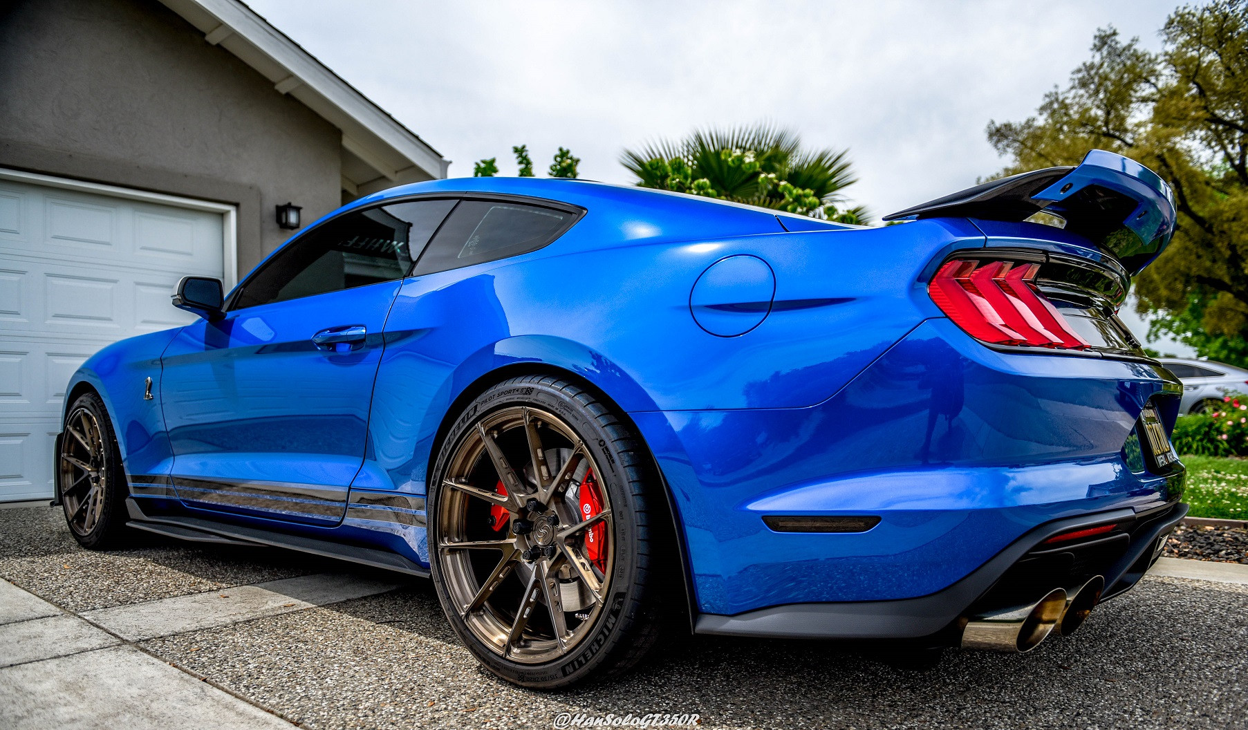 SV801-GT500-Brushed-Bronze-Tinted-Calipe