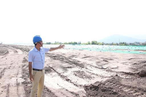 Bãi thải tro xỉ của Nhà máy Nhiệt điện Cẩm Phả được dự trữ cung cấp làm nguyên liệu đầu vào cho sản xuất các loại vật liệu xây dựng.