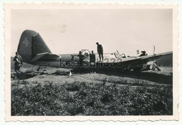 Foto-russisches-SB-2-Flugzeug-Wrack-Kleck-Kletsk-Belarus-1