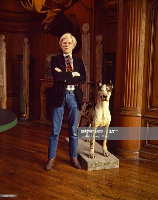 American-pop-artist-Andy-Warhol-1928-1987-New-York-1980-Photo-by-Evelyn-Hofer-Getty-Images.jpg