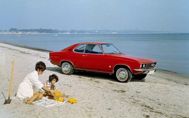 Comme il y a 50 ans : l'Opel Manta retrouve Timmendorfer Strand Opel-Manta-26143