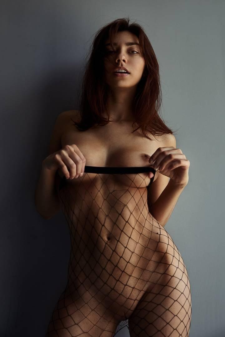 Fit-Naked-Girls-com-Irina-Lozovaya-nude-14