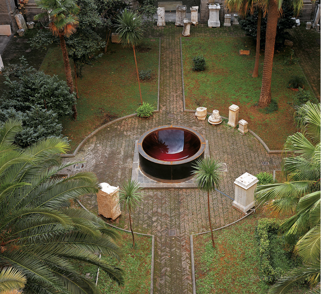 Anish-Kapoor-turning-water-into-blood.png