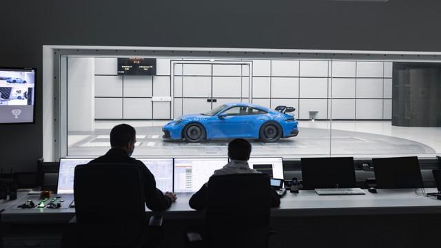 2018 - [Porsche] 911 - Page 23 F9-CD4-D0-A-59-F1-458-D-8-A80-428-CDF01-EDAD