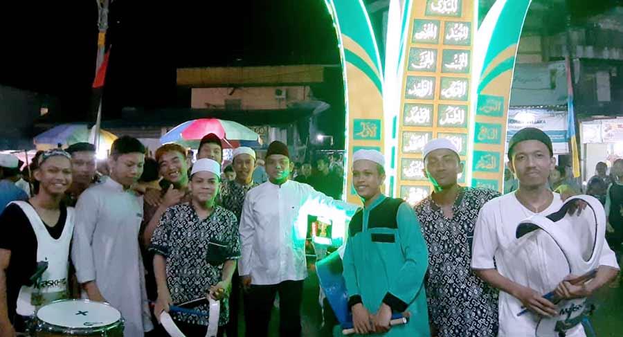 peserta-berfose-bersama-dengan-ketua-IPDP-Kota -Samarinda.