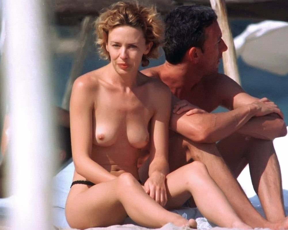 kylie-minogue-nude-The-Fappening-Blog-com-10