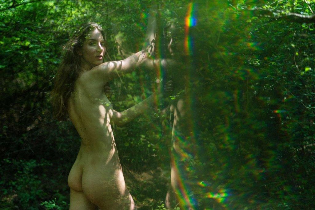 Lina-Lorenza-Nude-The-Fappening-Blog-com-2-1024x684