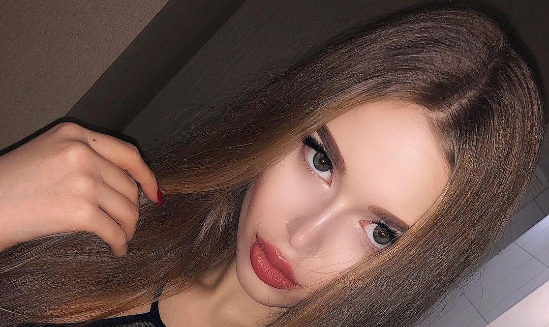 Angelina-Samokhina-Wallpapers-Insta-Biography-9