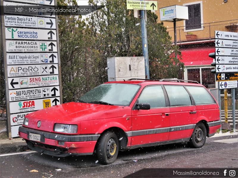Auto Abbandonate - Pagina 9 Volkswagen-Passat-Variant-1-8-88cv-90-MS242411-2
