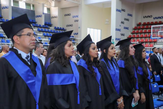 Graduacio-n-Gestio-n-Empresarial-11