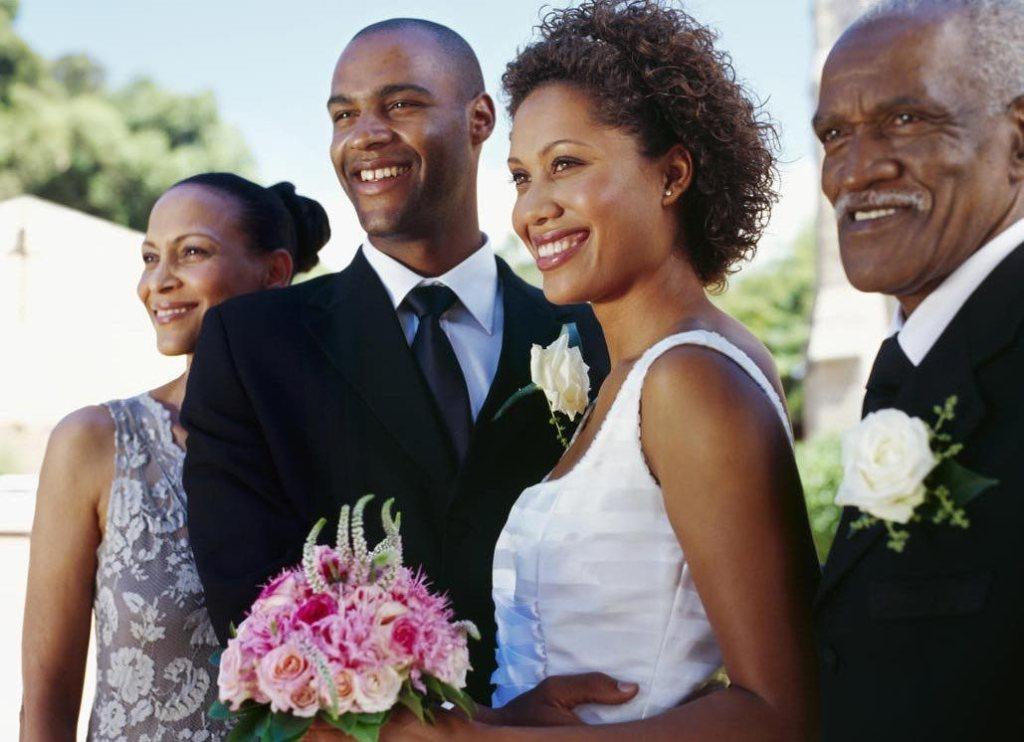 Couple-in-Wedding-The-Trent