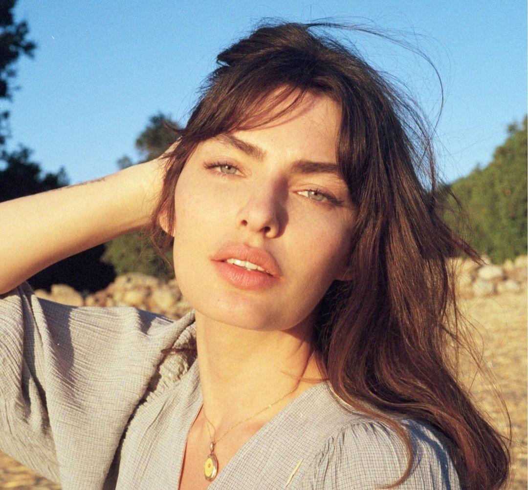 Alyssa-Miller-Wallpapers-Insta-Fit-Bio-9