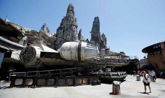 Star-Wars-Disney-Galaxy-Edge-83