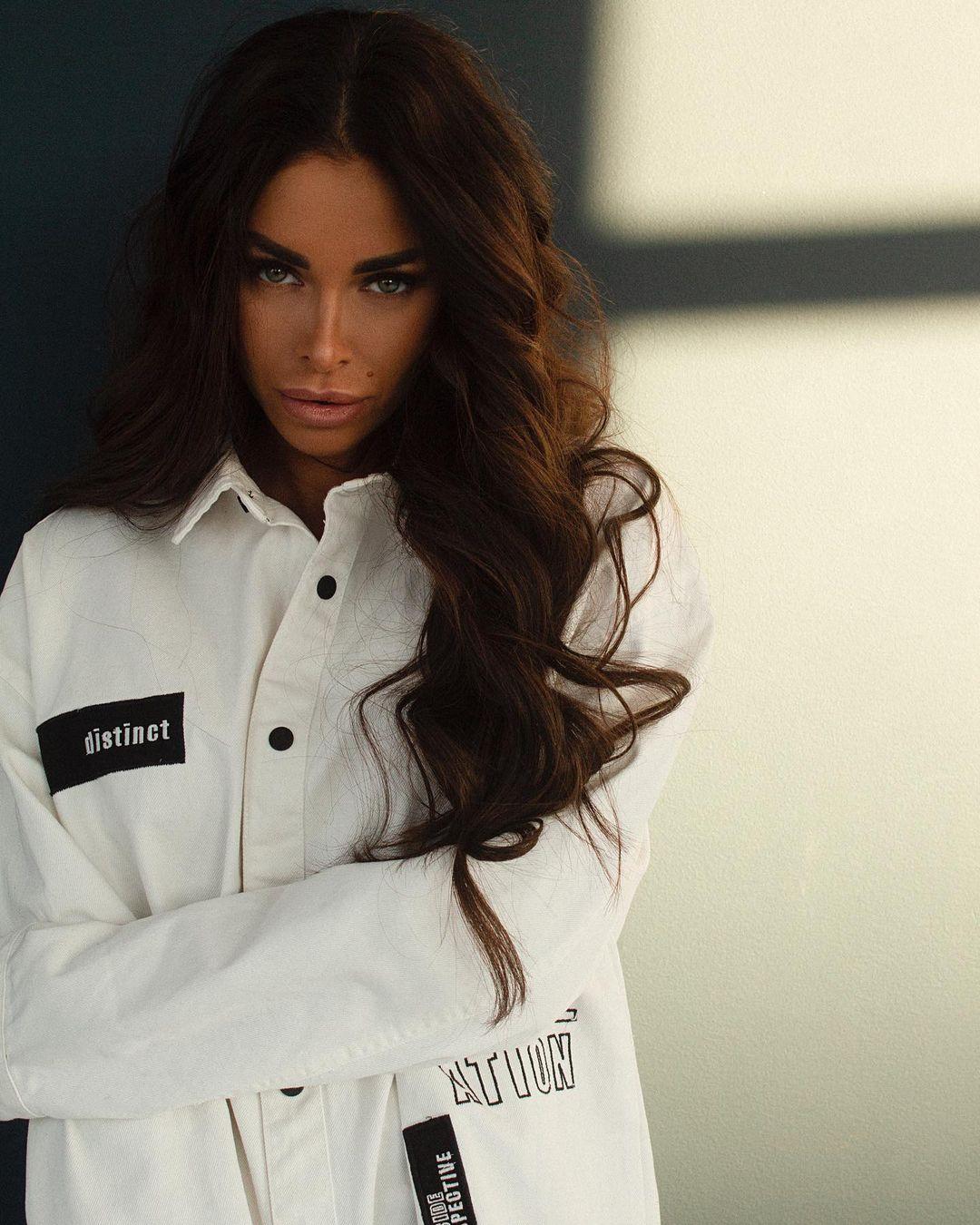 Evgenia-Alex-Wallpapers-Insta-Fit-BIo-2