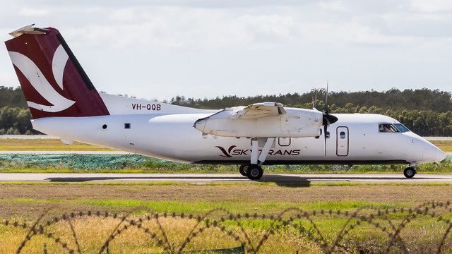 Skytrans-Dash8-100-VH-QQB-271218-V1