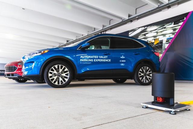Ford et Bosch testent un système de parking autonome à Detroit Automated-Valet-Parking-039