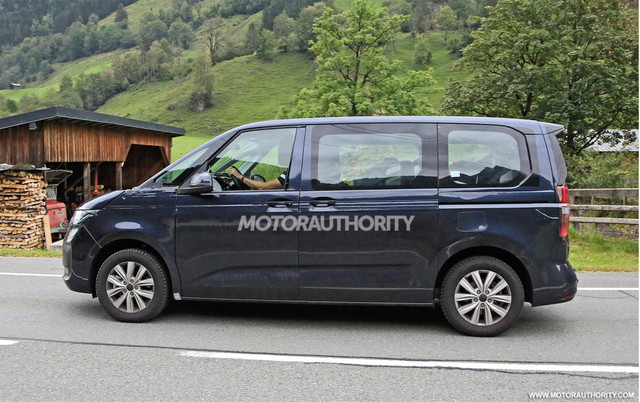 2021 - [Volkswagen] Transporter [T7] - Page 3 42-C975-F0-178-C-4-A2-A-8003-27232-FAD1450