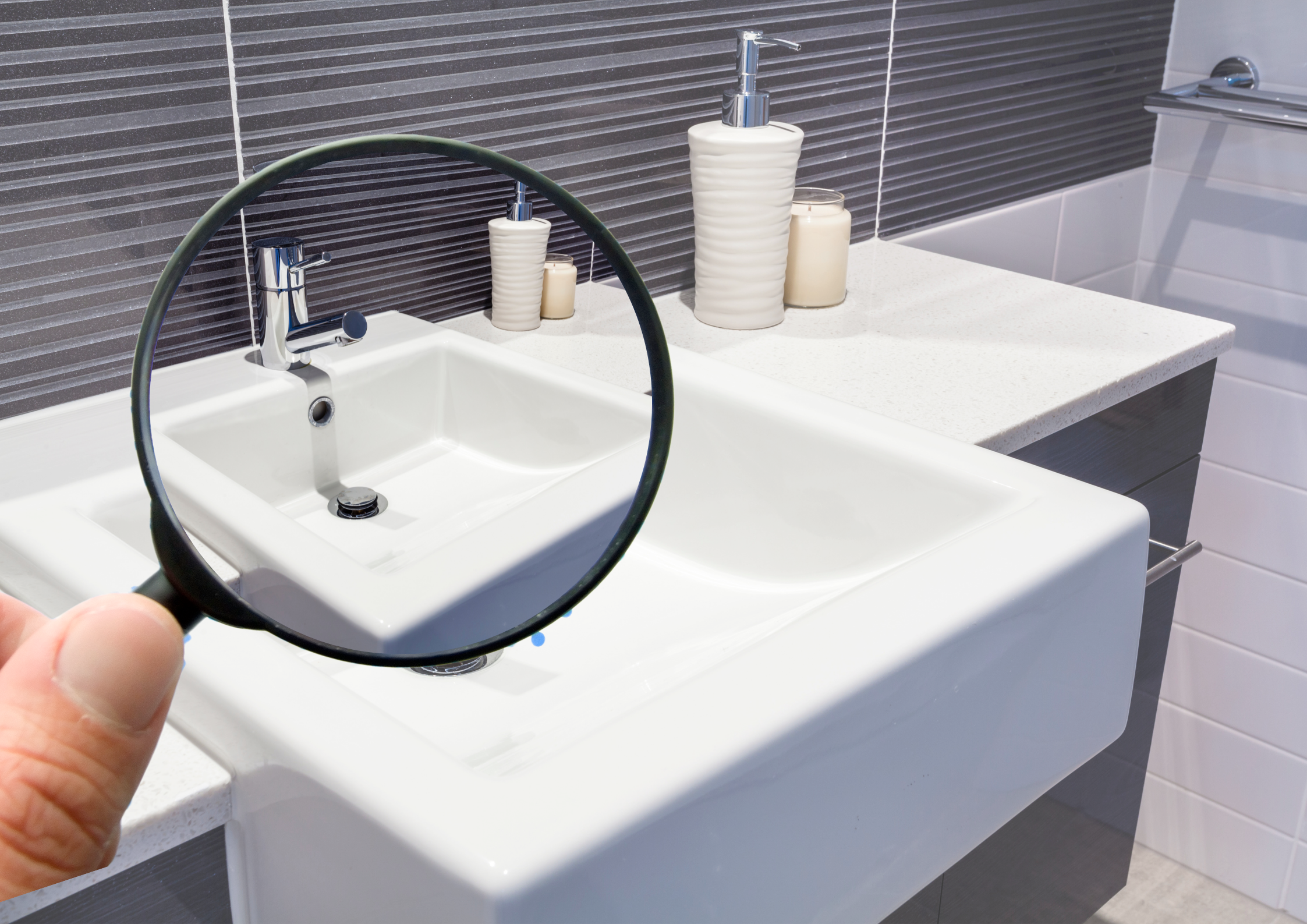 Effective-Ways-to-Verify-the-Originality-of-Your-Bath-Essentials-1