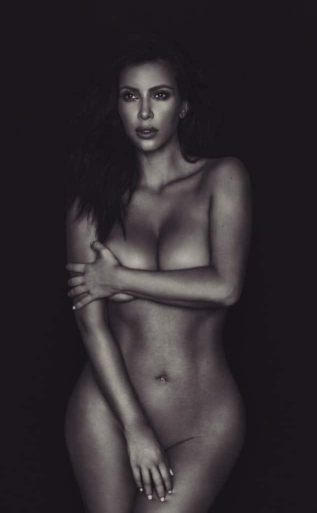 Black-and-white-photo-of-Kim-Kardashian-nude-for-Liberate