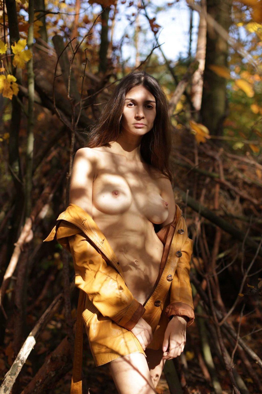 Lina-Lorenza-Nude-Sexy-The-Fappening-Blog-com-19-1024x1536