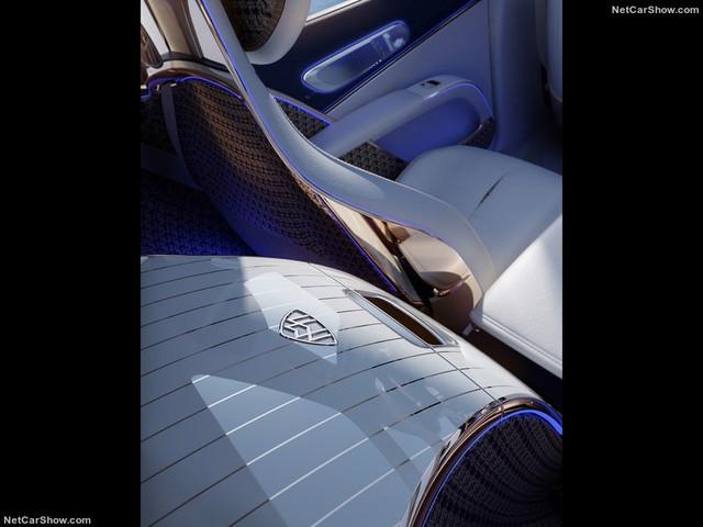 2021 - [Mercedes] EQS SUV Concept  C74-A90-EA-7-EFE-40-E2-AA0-B-1-DFC4-B4-B67-B1