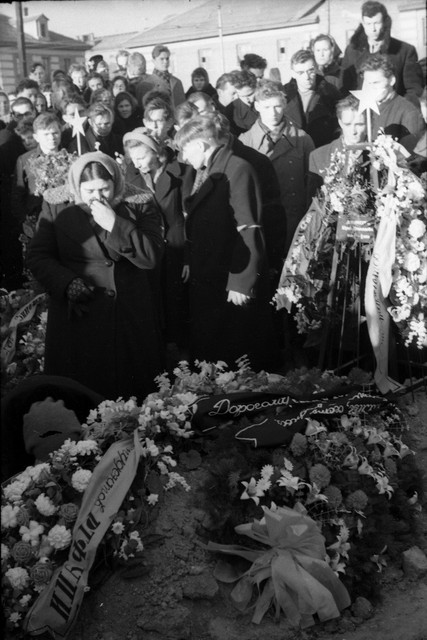 Dyatlov pass funerals 9 march 1959 32.jpg