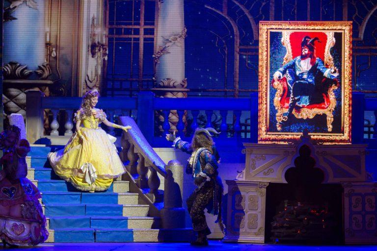 a-bela-e-a-fera-musical-teatro-768x512