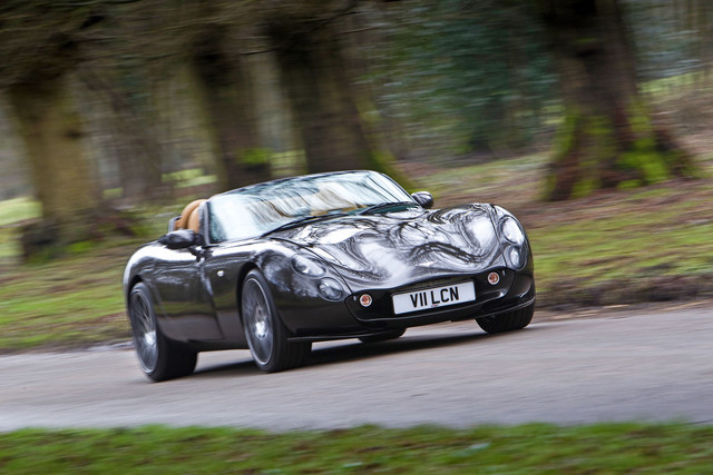5-tvr-tuscan-vulcan-tracking-front
