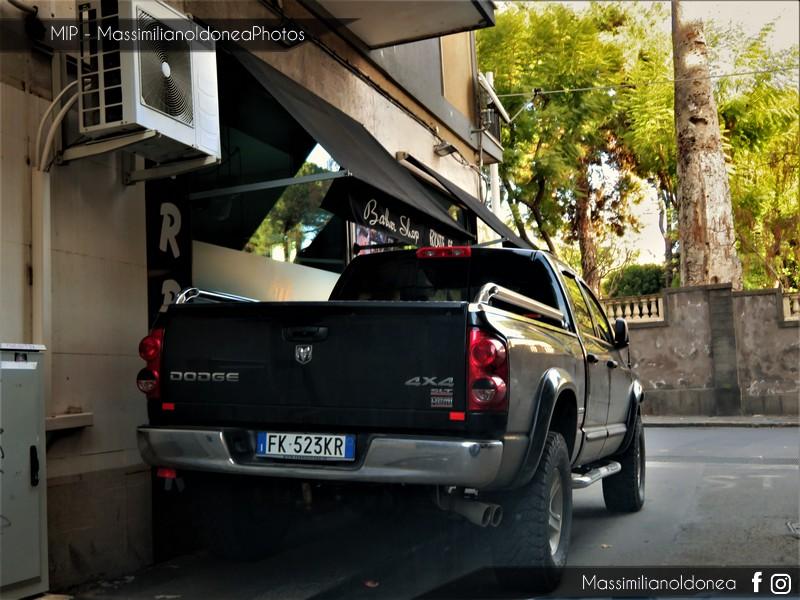 Auto Moderne - Pagina 16 Dodge-Ram-1500-SLT-Hemi-5-7-345cv-07-FK523-KR-9854-1-8-2017