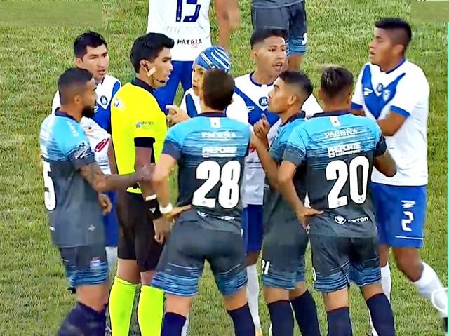 Santos-Reclaman-Al-Arbitro