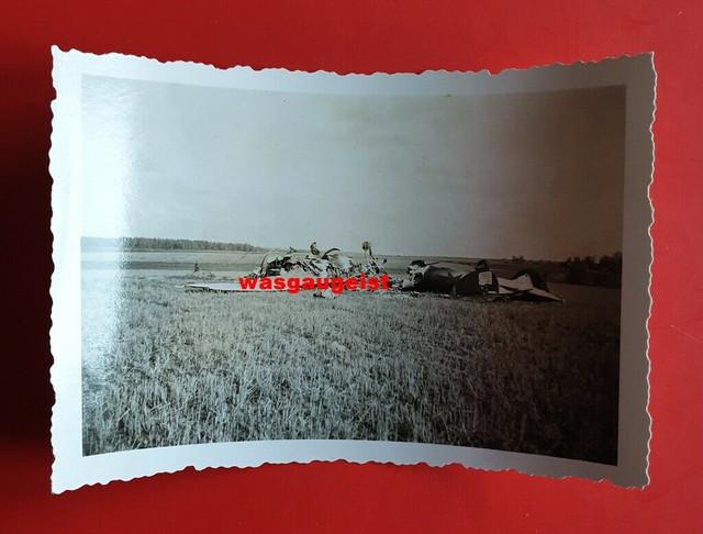 Foto-2-Weltkrieg-Flugzeug-abgest-rzte-russische-Maschine-mit