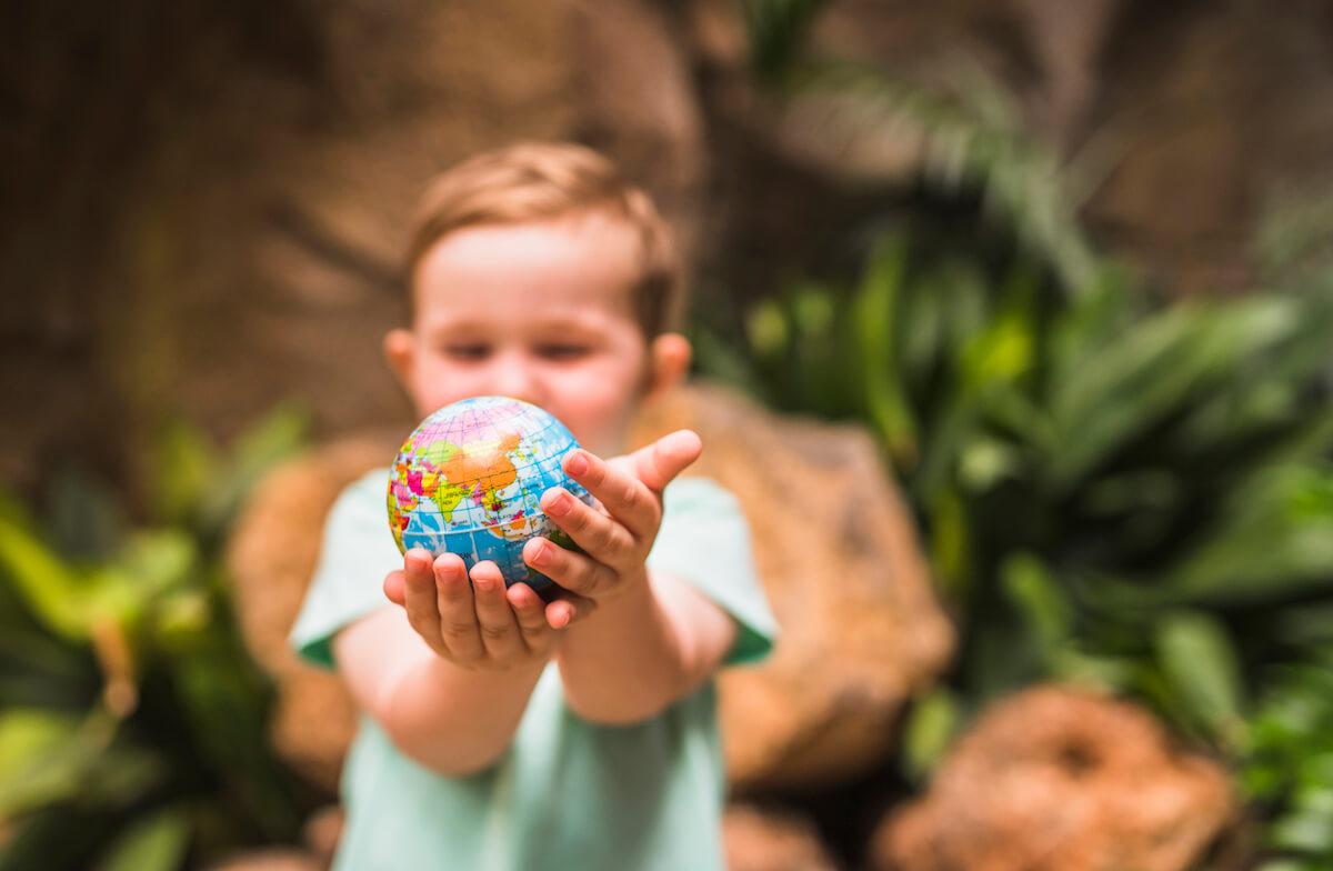 """SVAKA KULTURA IMA POSEBNA MJERILA: Predstavljamo vam 11 """"lekcija o vaspitanju"""" roditelja širom svijeta!"""