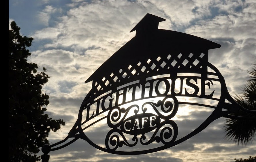 Lighthouse-cafe-3