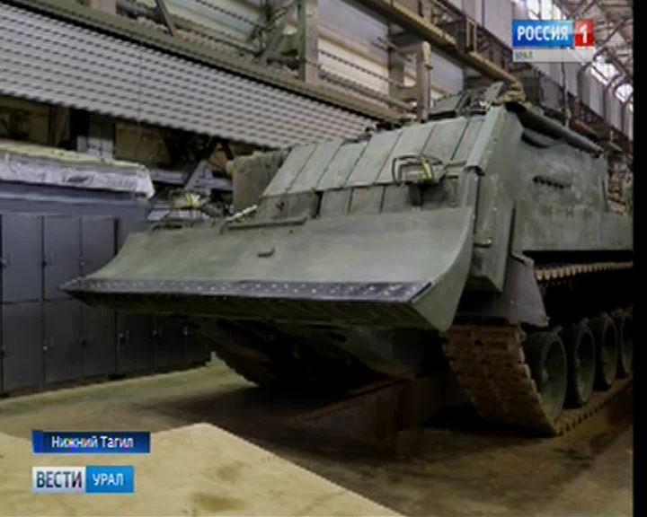 Министр обороны Сергей Шойгу посетил сборочный цех корпорации «Уралвагонзавод» в Нижнем Тагиле