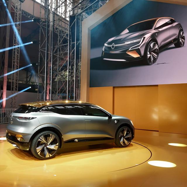 2020 - [Renault] Mégane eVision - Page 2 C943459-C-0159-41-DC-AF85-A61-C60-AD9-D42