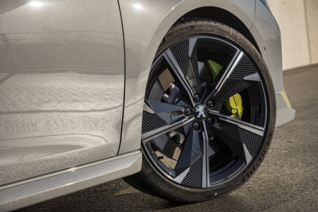2018- [Peugeot] 508 II [R82/R83] 262-FFCEC-CF36-41-C9-BFE9-96950064960-C