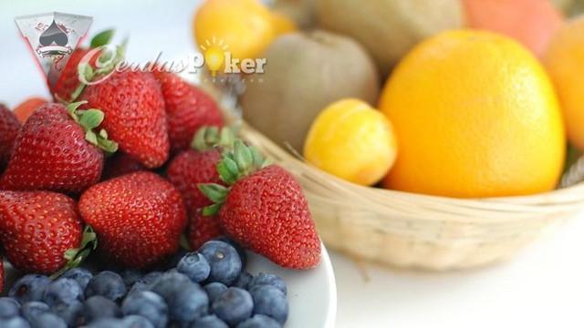 8 Macam Buah Buahan Yang Sehat untuk Jantung