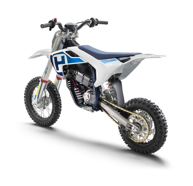 Husqvarna-EE-5-electric-dirt-bike-06.jpg