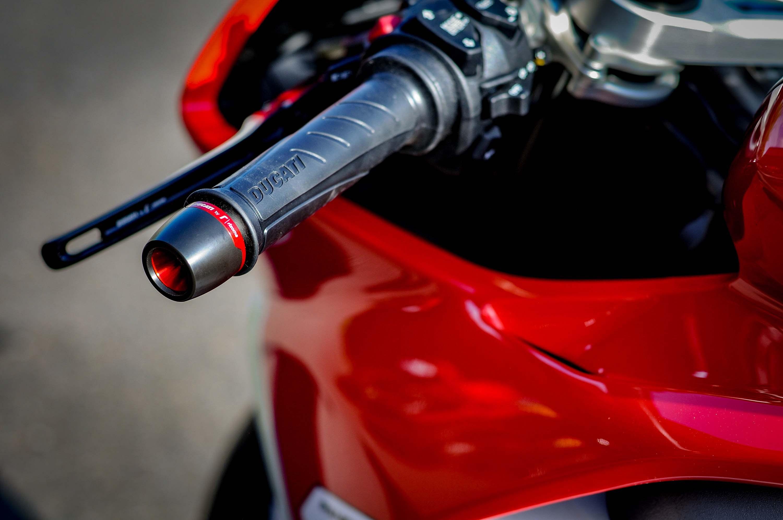 Nicky-Hayden-Ducati-Panigale-V4-tribute-09