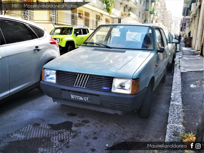 avvistamenti auto storiche - Pagina 25 Fiat-Uno-45-900-45cv-85-CT677734-194-112-26-6-2018