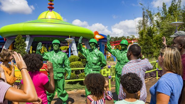 Green Army Men Toy Story Land