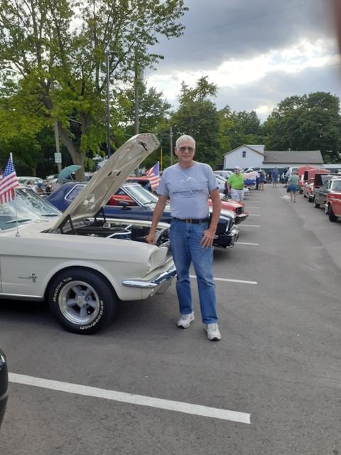 https://i.ibb.co/P6yWJCP/Car-Show-Pic.jpg