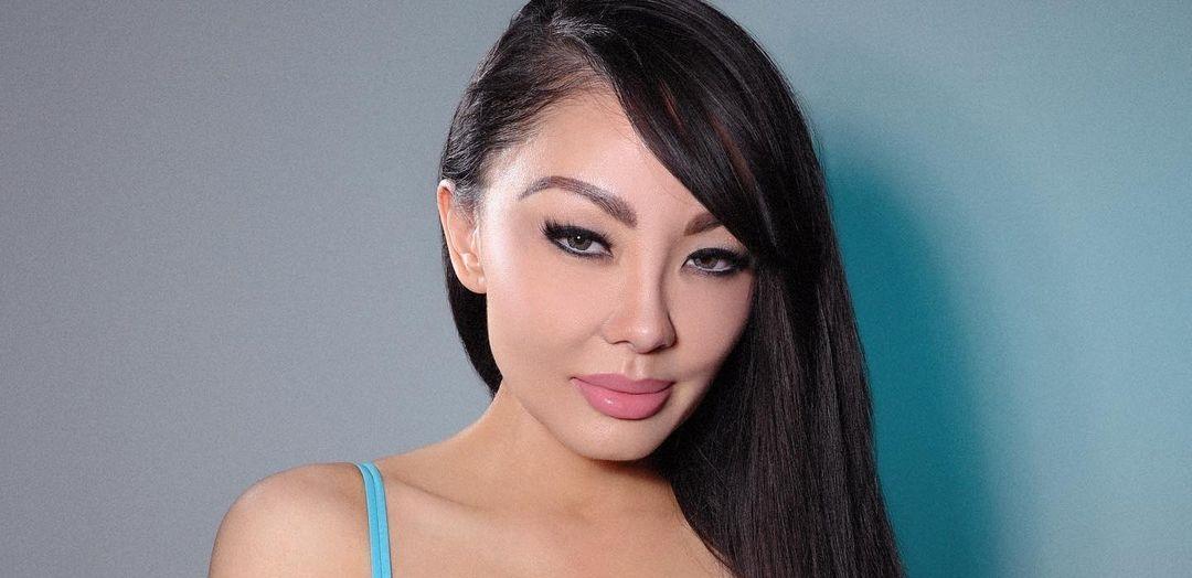 Natasha-Yi-Wallpapers-Insta-Biography-6