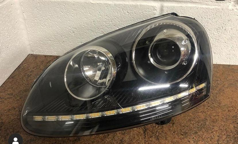 Car-Headlights-9.jpg