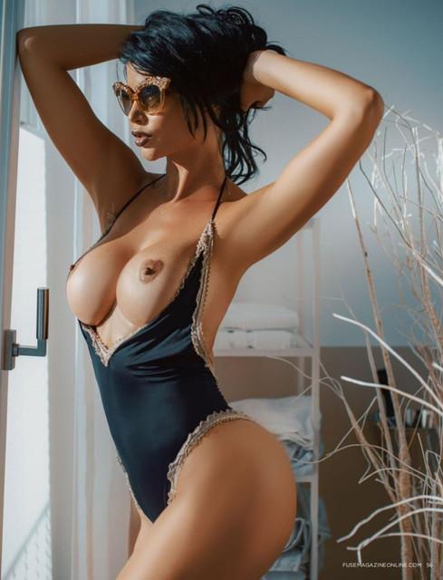 Micaela-Sch-fer-Nude-The-Fappening-Blog-com-2-1-1024x1339-1