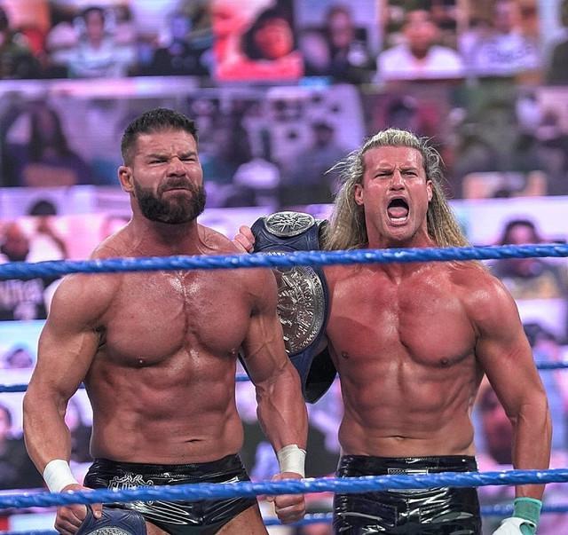 Dolph Ziggler y Robert Roode derrotaron a Chad Gable y Otis SmackDown 5 Febrero