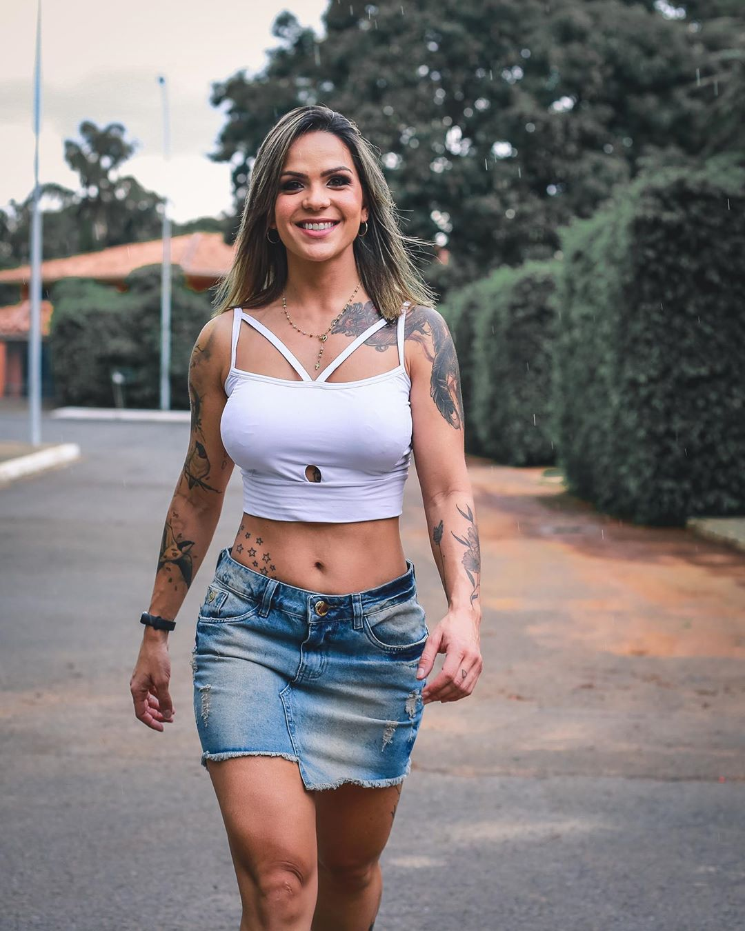 Pamella-Sette-Wallpapers-Insta-Fit-Bio-4